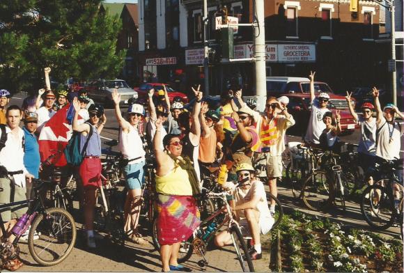 summer1998CriticalMassVictoriaParkend